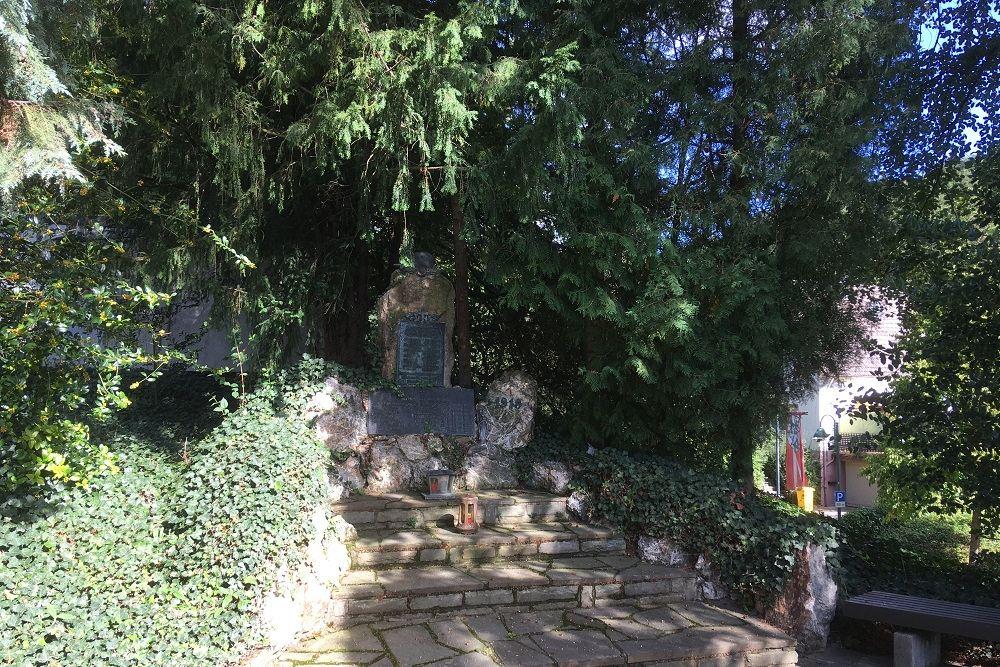 Monument Voor De Gevallenen In WO I En WO II Kirchdaun