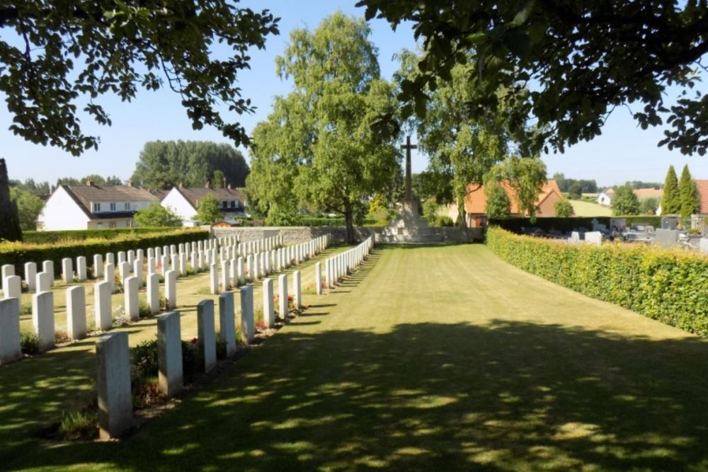 Commonwealth War Graves Avesnes-le-Comte