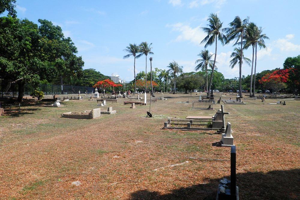 Commonwealth War Graves Darwin Gardens Cemetery Reserve