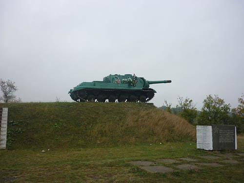 Liberation Memorial (SU-152) Talne