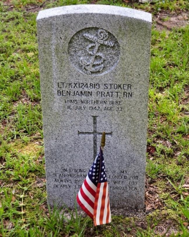 Commonwealth War Grave Oakdale Cemetery