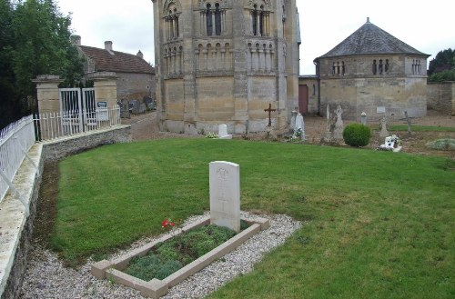 Commonwealth War Grave Basly