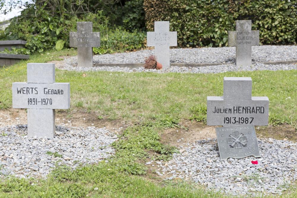 Graven Oorlogsveteranen Kerkhof Teuven