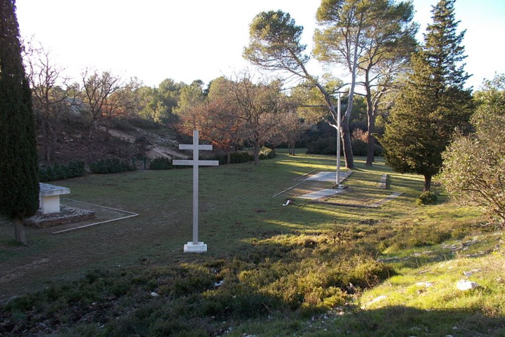 French War Cemetery Signes