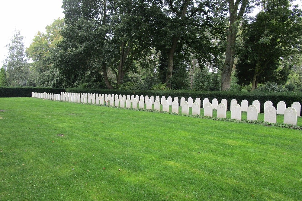 Dutch War Graves General Cemetery Crooswijk