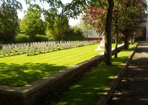 Commonwealth War Cemetery Brewery Orchard