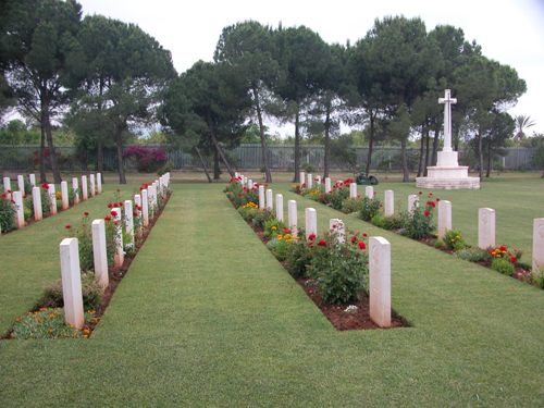 Commonwealth War Cemetery Sidon