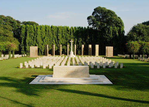 Commonwealth War Cemetery Kirkee