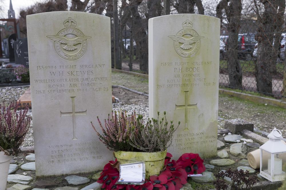Oorlogsgraven van het Gemenebest Rooms Katholieke Begraafplaats Wijchen