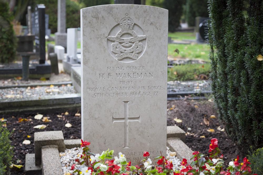Commonwealth War Grave General Cemetery Veenendaal