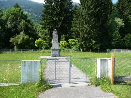 Sovjet Oorlogsbegraafplaats Aich