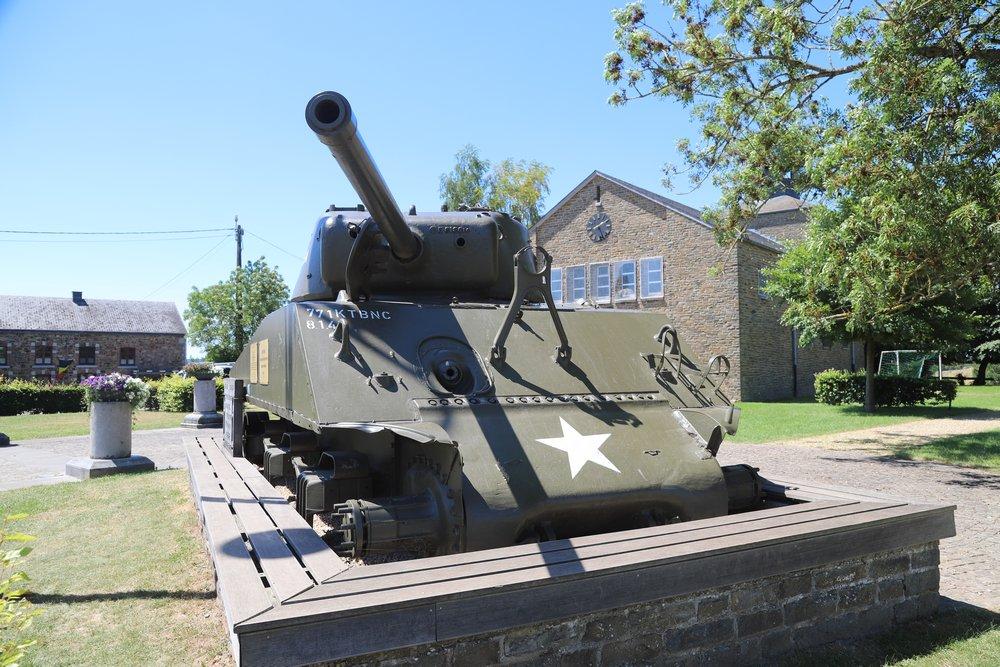 M4A3(76)w Sherman Tank & Monument Task Force Hogan