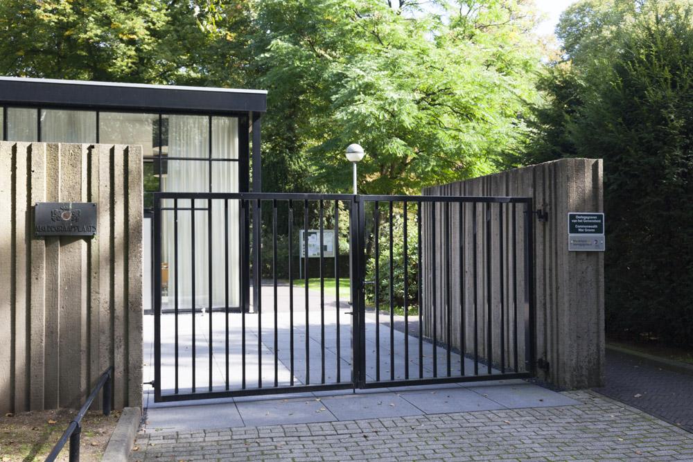 Nederlandse Oorlogsgraven Protestante Begraafplaats De Leeuwer Enk Wageningen