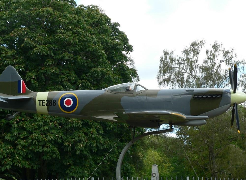 Spitfire Hamilton