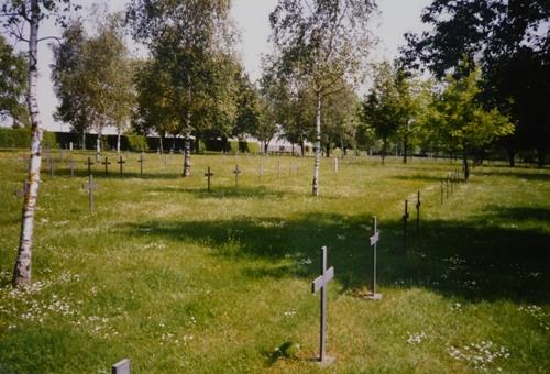 German War Cemetery Hautecourt-lès-Broville