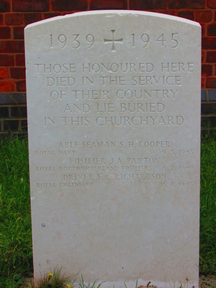 Commonwealth War Graves St. Anthony Churchyard