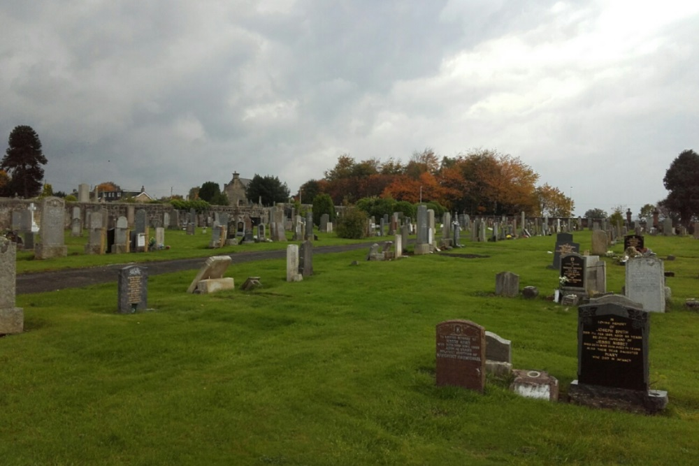 Commonwealth War Graves Larkhall Cemetery