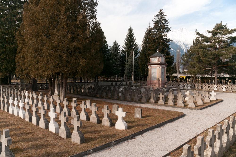Oorlogsbegraafplaats Amras
