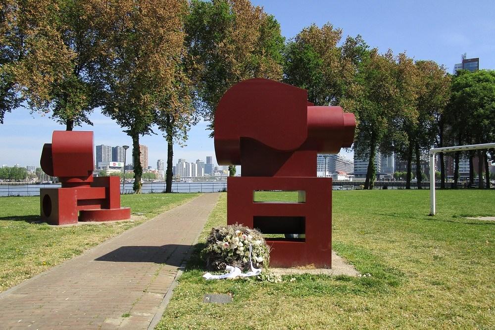 Memorial Take Free Rotterdam