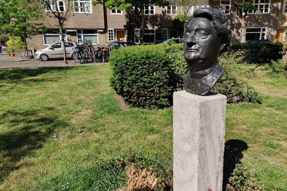 Monument Mevrouw G. Wijsmuller-Meijer Bachplein