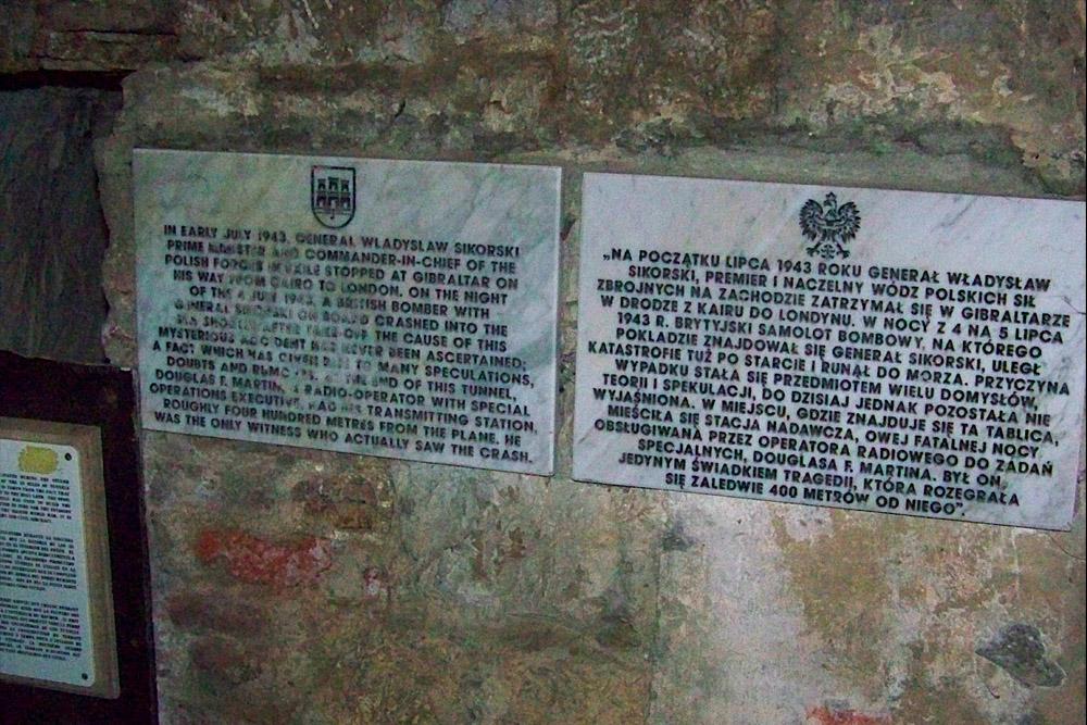 Memorial Plaque General Wladyslaw Sikorski Gibraltar