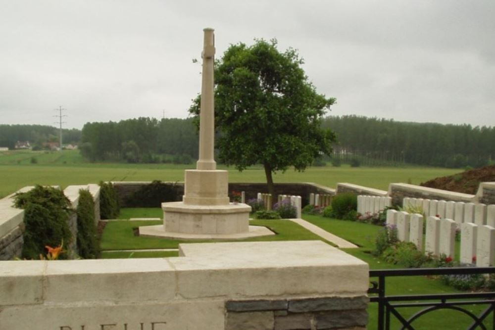Commonwealth War Cemetery Bleue-Maison