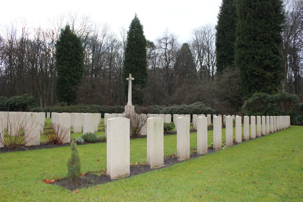 Dutch War Graves Commonwealth War Cemetery Leopoldsburg