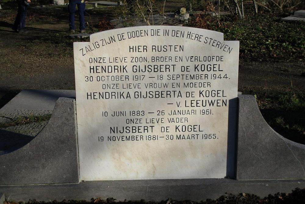 Nederlandse Oorlogsgraven Begraafplaats Soestbergen
