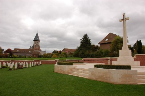Commonwealth War Cemetery Pheasant Wood