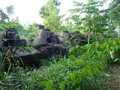 Abandoned Japanse Tanks