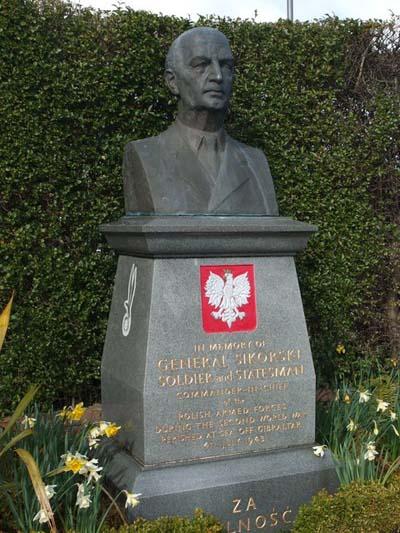 Monument Generaal Władysław Sikorski