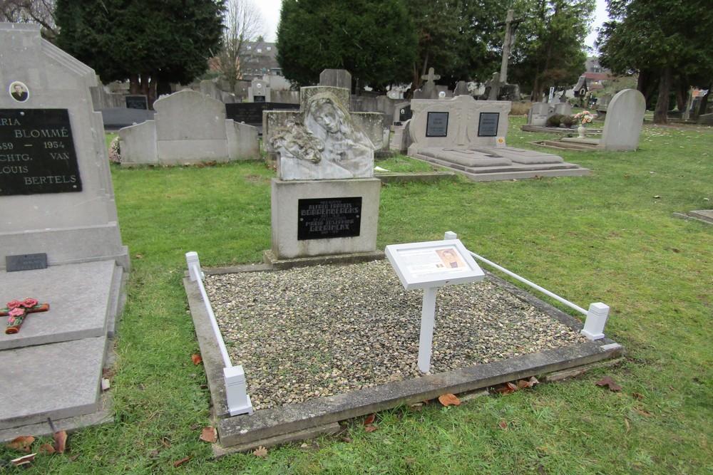 Grave Fientje Geerinckx Geel