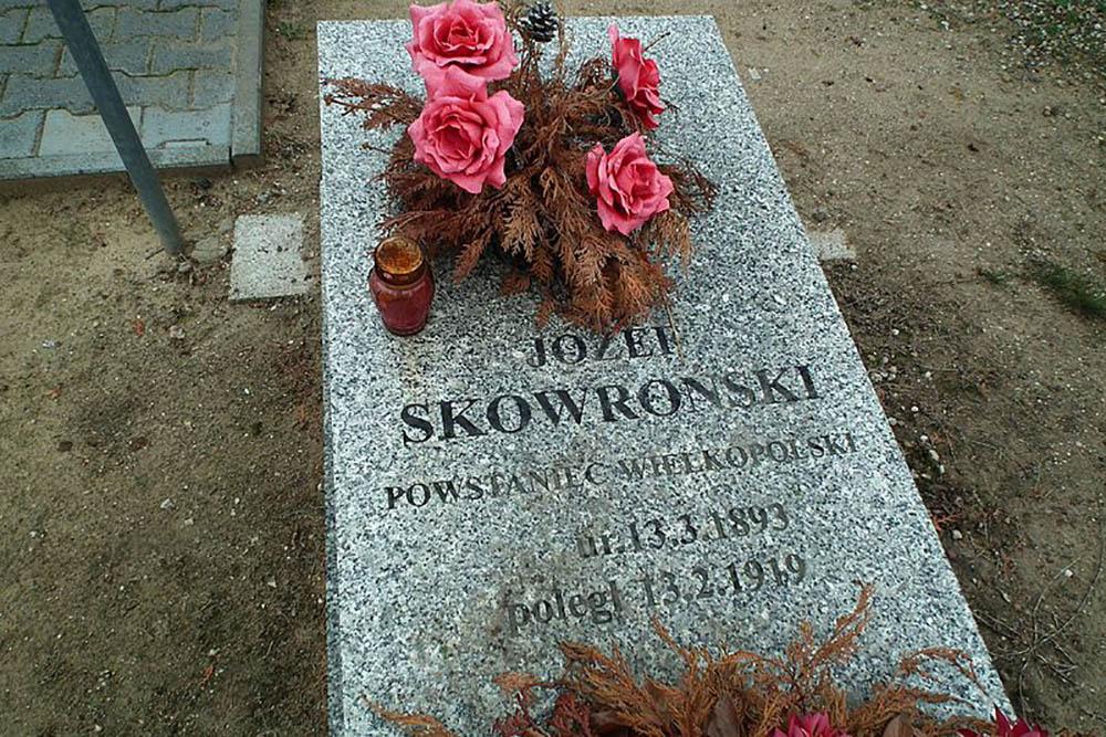 Poolse Oorlogsgraven Bialezyn