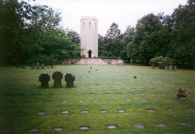 Duitse Oorlogsbegraafplaats Kolmeshöhe