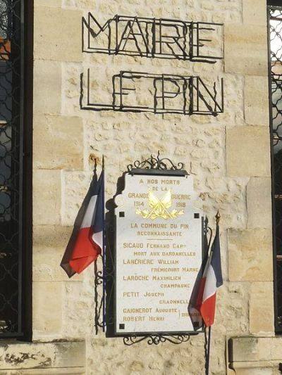 War Memorial Le Pin