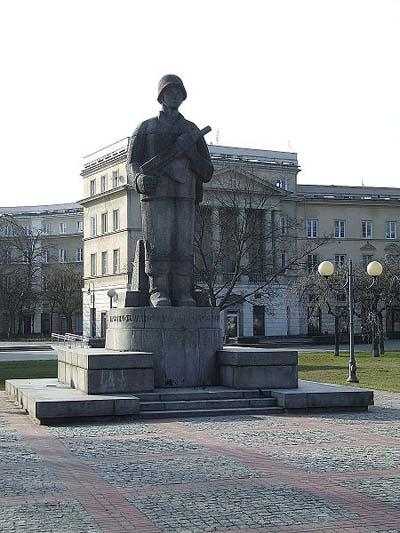 Monument 1ste Poolse Leger Warschau