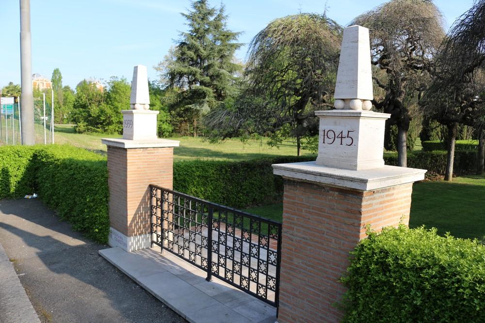 Commonwealth War Cemetery Bologna