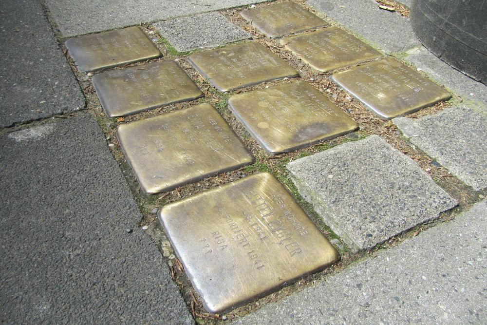 Stolpersteine Im Klapperhof 48