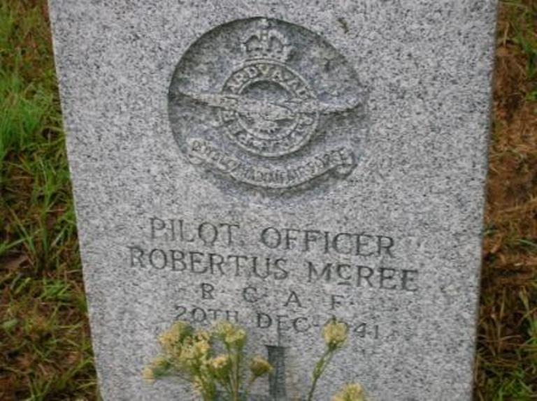 Commonwealth War Grave De Soto Cemetery