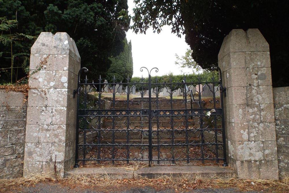 Oorlogsgraven van het Gemenebest Sparkwell Church Cemetery