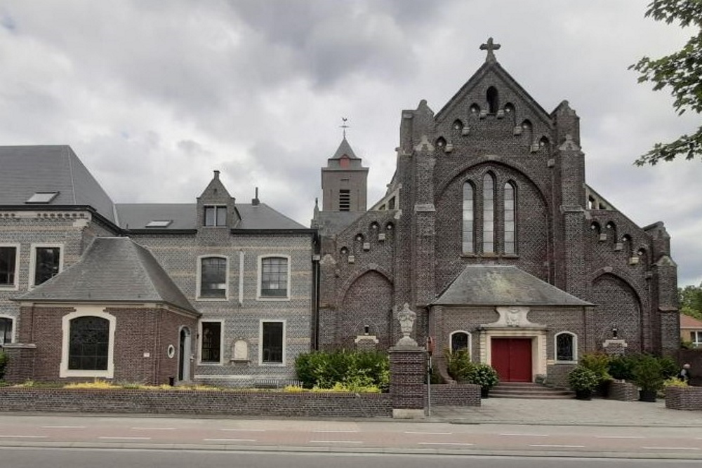 Memorial Dom Modest Van Assche Assebroek