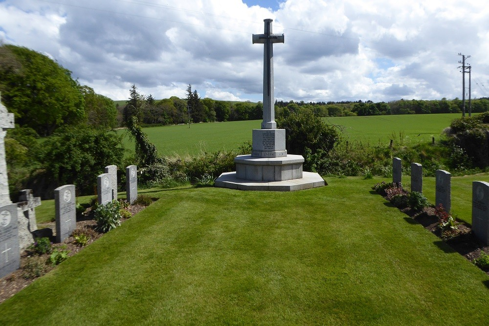 Commonwealth War Graves Cromarty Cemetery