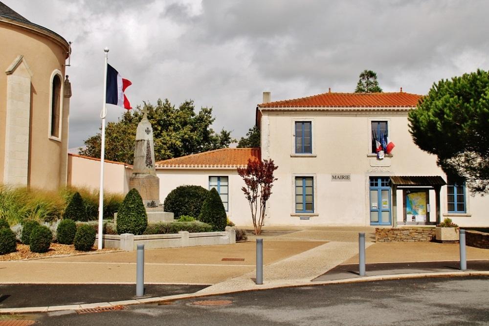 War Memorial Sainte-Foy