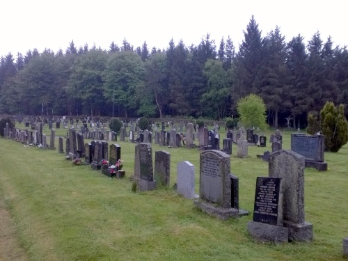 Commonwealth War Graves St. Mary Roman Catholic Cemetery