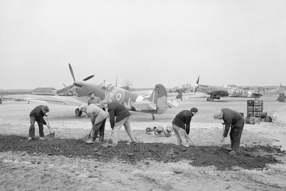 Airfield Heesch B.88
