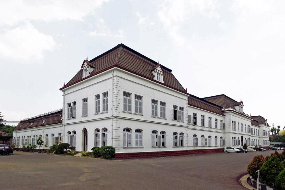 Voormalige Nederlandse Bureau van Oorlog