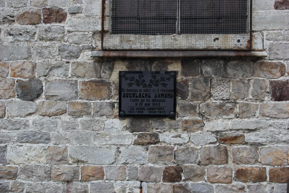 Plaquette Gefusilleerde Verzetsstrijder Autre-Eglise
