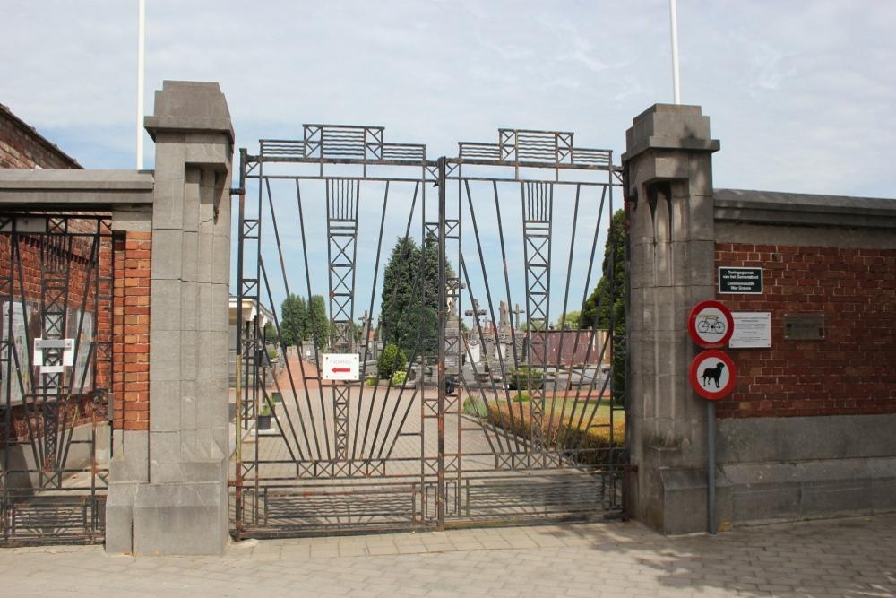 Municipal Cemetery Menen