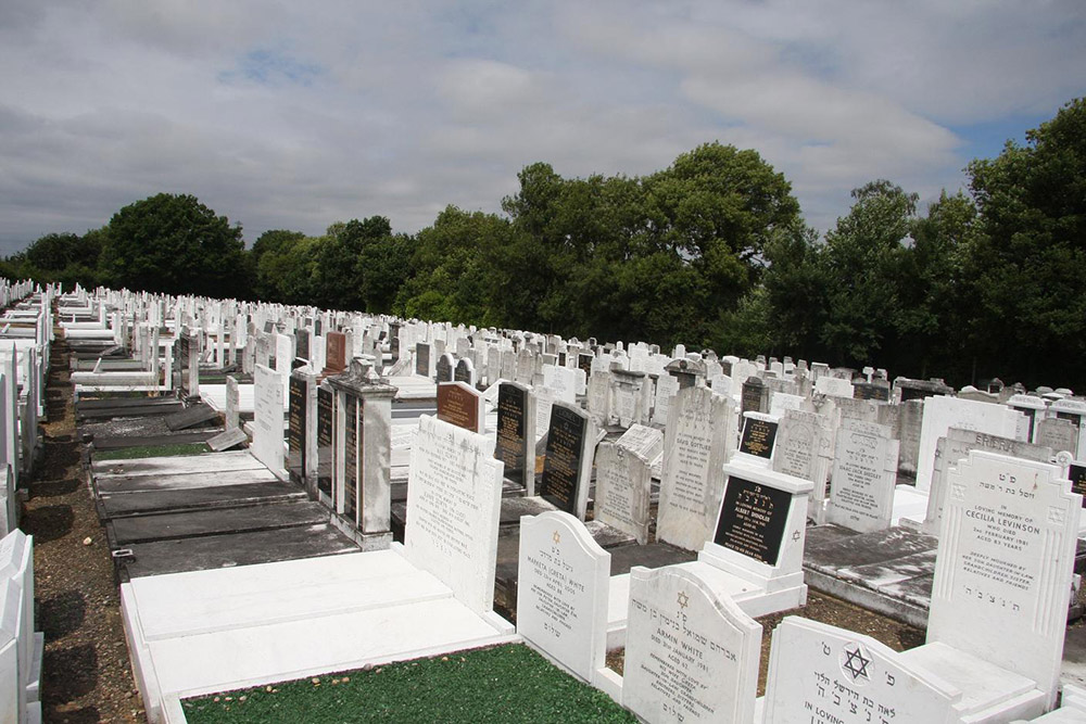 Bushey New Jewish Cemetery