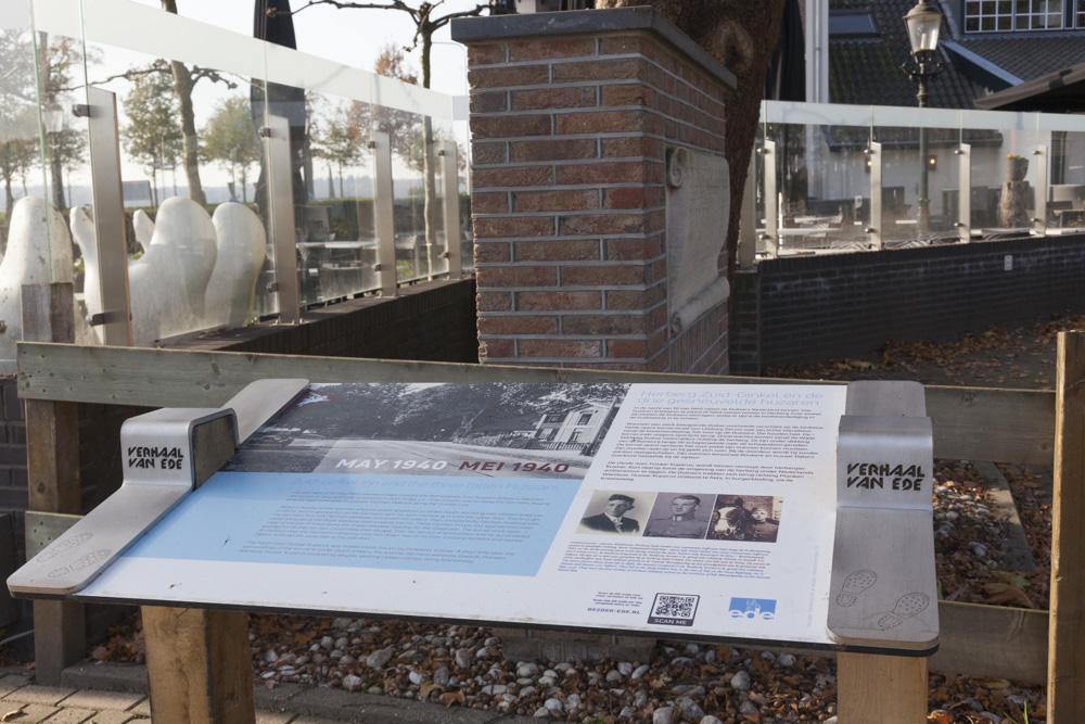 Informatiebord Herberg Zuid-Ginkel en de drie gesneuvelde huzaren